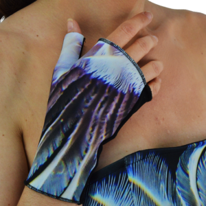 Underwater Love Gloves ARTROCKS BY MANIK